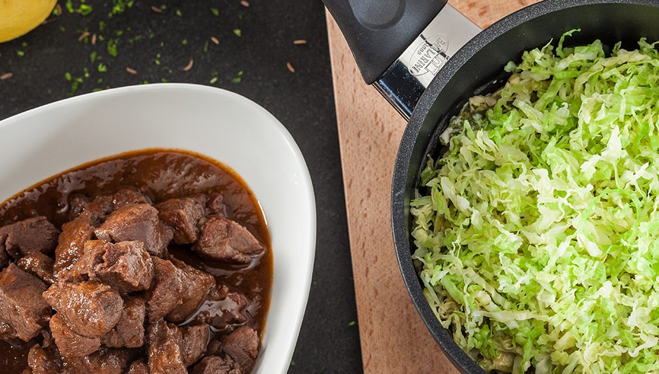 BALLARINI Recipe Wild boar ragout with balsamic savoy cabbage