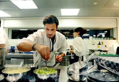 Kochen mit Demeyere | Design und Qualität | {Koch beim kochen 54}