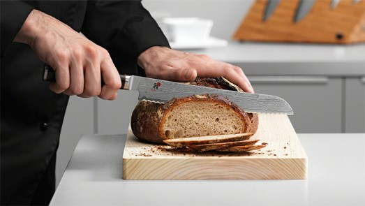 MIYABI Brotmesser