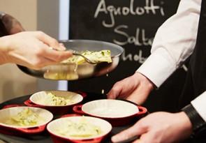ZWILLING und Cornelia Polette Rezept Spinat Ricotta Agnolotti