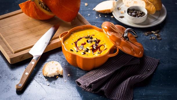Blended-Pumpkin-Soup_736x415