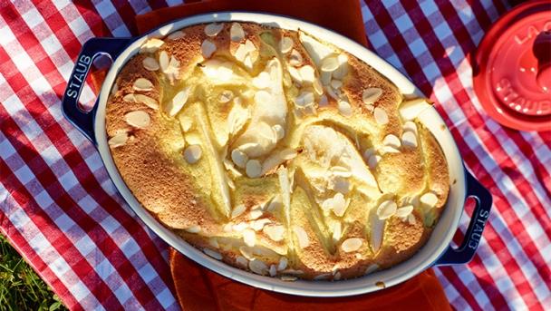 Birnen-Clafoutis mit Mandeln