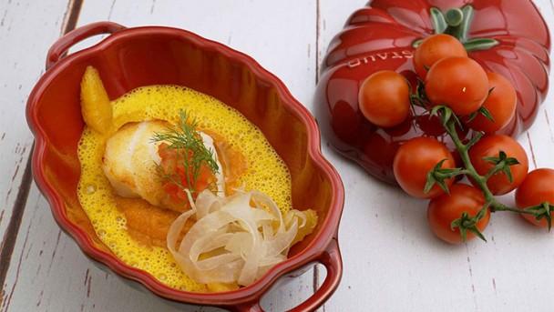 Seeteufel -Tomatenpolenta / Safransauce / Fenche