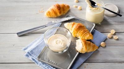 zw-enfinigy-White-Chocolate-Macadamia-Creme_736x415px