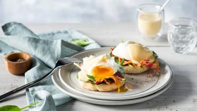 zw-enfinigy-eggs-benedict_736x415px