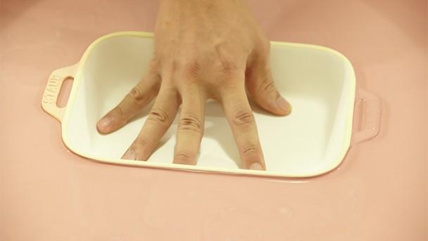STAUB Keramik wird gefärbt