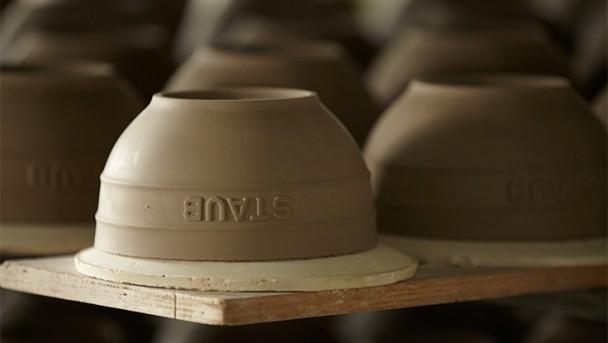 STAUB Keramik Rohling trocknet