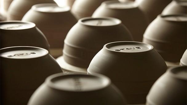 STAUB Keramik wird getrocknet