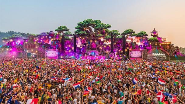 Tomorrowland_festival_736x415