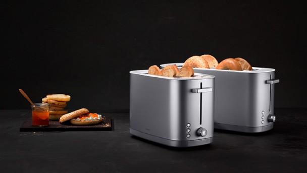 toaster_intro_black
