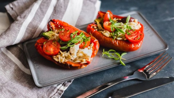 cw_brasil_stuffed_peppers_736x415