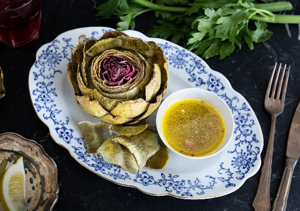 artichokes_with_lemony_vinaigrette_610x430
