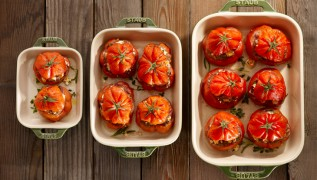 STAUB Recipe Stuffed beefsteak tomatoes
