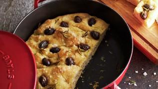 recipe-focaccia-olives-730x415