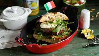 Rezept STAUB Italian Burger