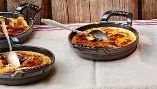 Rezept STAUB Creme Brulee mit Reblochon Käse