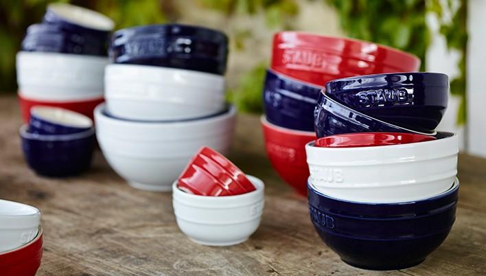 STAUB Keramik rot, weiß, blau