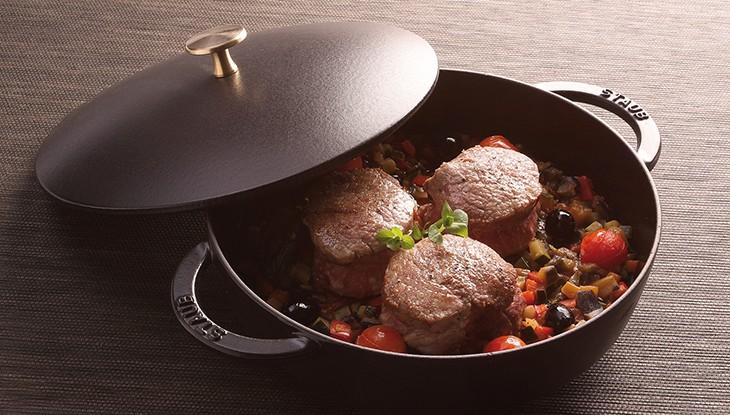 recetas de cocina staub ternera con infusion de albahaca y pisto