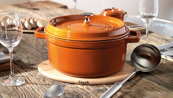 STAUB productos para servir en la mesa en 8 colores