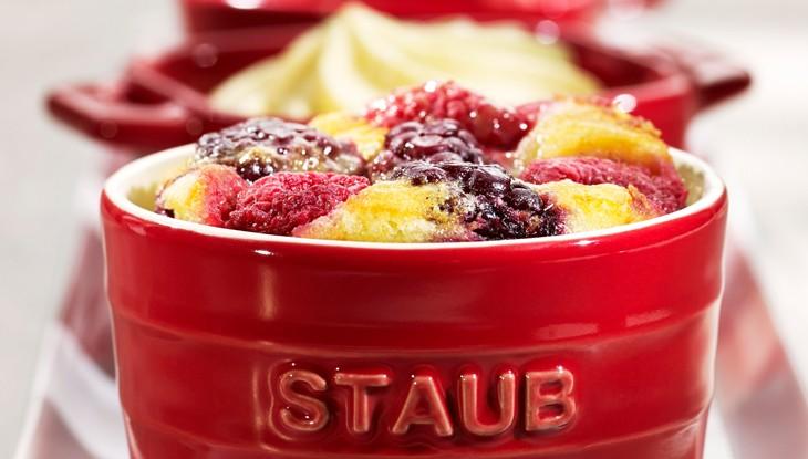 STAUB Rezept Himbeer Clafoutis