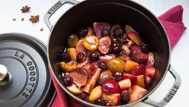 recette-staub-cocotte-de-fruits-aux-epices-730x415-1