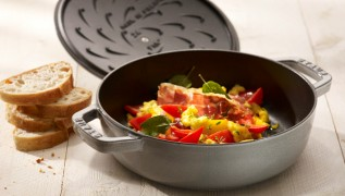 staub_cast-iron_chistera-braiser_chistera-drop-structure
