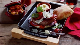 staub_cast-iron_serving-dishes_10