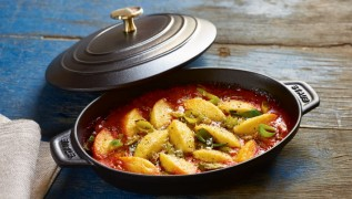 staub_cast-iron_serving-dishes_20