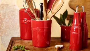 staub_ceramic_storage_utensil-holder