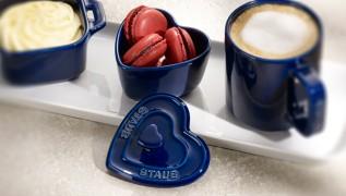 staub_ceramics_xs-minis_xs-mini-cocotte-heart