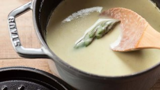 staub_recipe_asparagus_soup