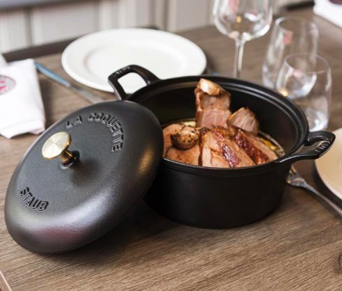 Staub_Oven_To_Table