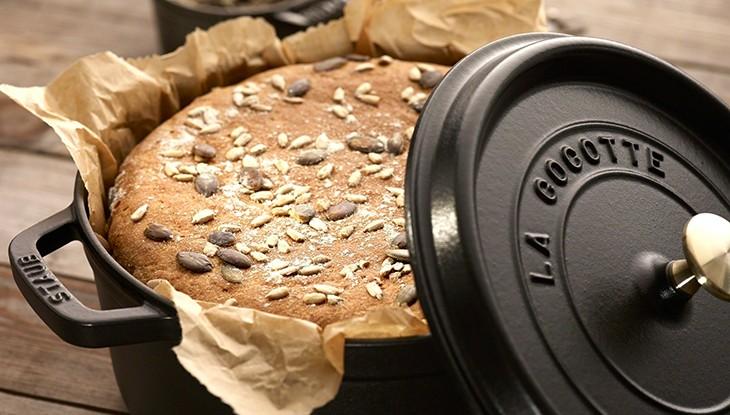 STAUB Recipe Spelt wholemeal bread