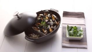 STAUB Recipe Mussels Prosciutto ham