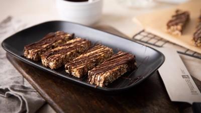 Culinary_world_KS_no_bake_quinoa_bars_736x415