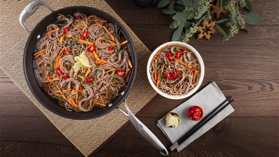 Happy_Holidays_Japan_Soba_Noodles_03_736x415