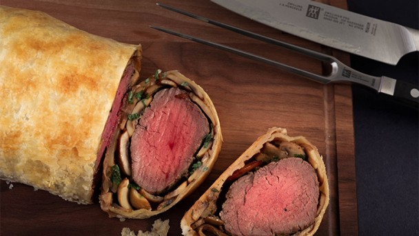 Happy_Holidays_United_Kingdom_Beef-Wellington_01_736x415