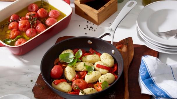 gnocchi-gevuld-mozarella-gekonfijte-tomaat