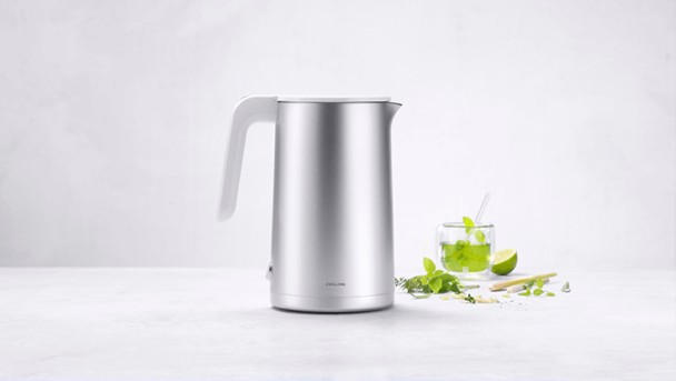 kettle_electric_736x415