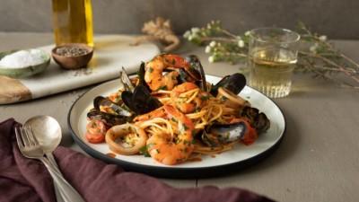 Spaghetti_allo_scoglio_736x415