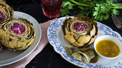 artichokes_with_lemony_vinaigrette_final_01_736-415