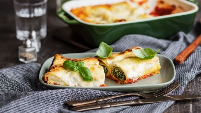 ricotta-and-spinach-baked-cannelloni-736x415