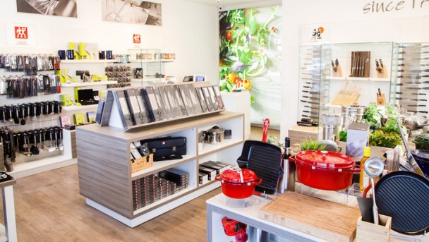 ZWILLING-Bicester-Outlet-Village-5-736x415