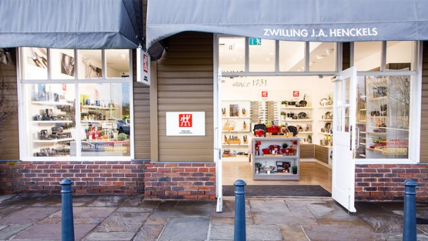 ZWILLING-Bicester-Outlet-Village-8-736x415
