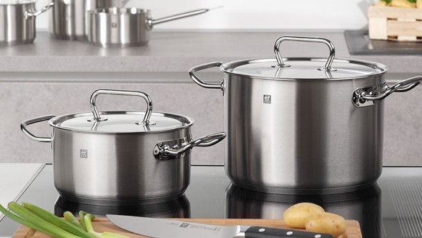 twin classic stainless steel cookware by zwilling twin j a henckels. Black Bedroom Furniture Sets. Home Design Ideas